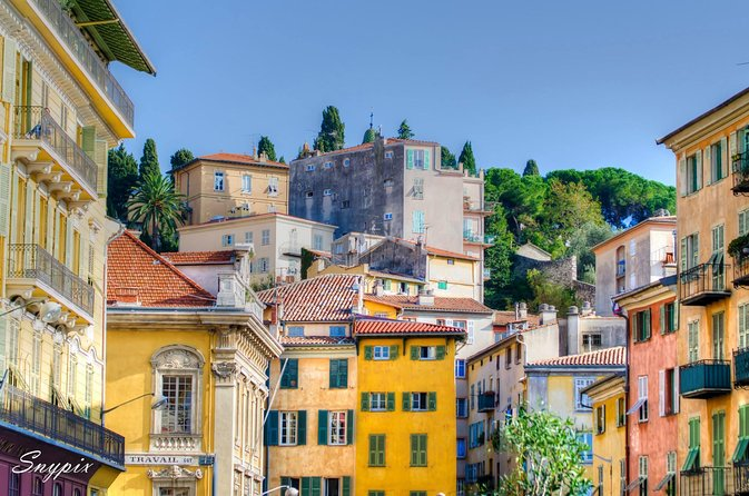 Nice Small-Group Old Town & Castle Hill Cultural Walking Tour with a Local Guide