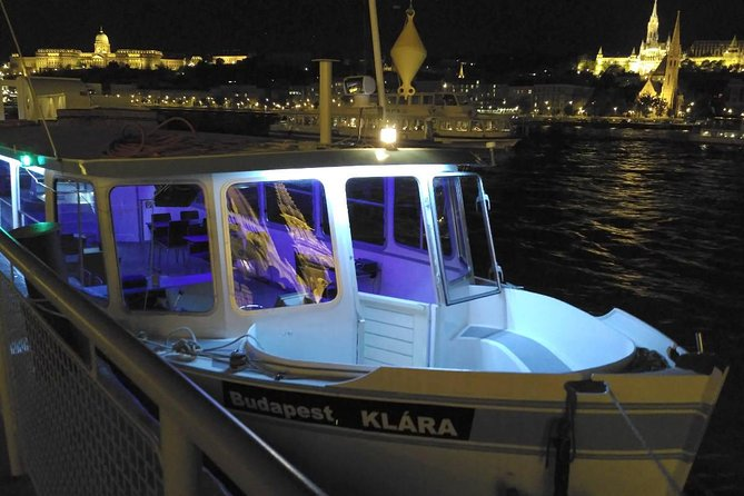 Budapest Private Boat Tour photo 1
