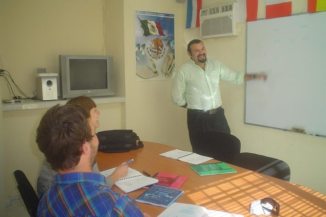 5-Day Spanish Language and Communicative Classes photo 1