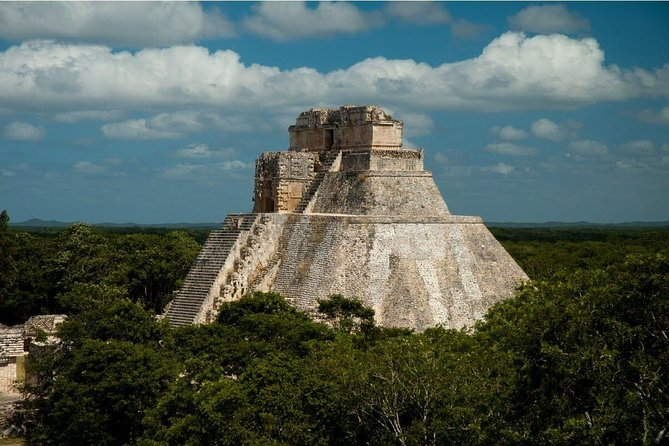 4 Day Best of Merida Tour in a 3 Star Hotel