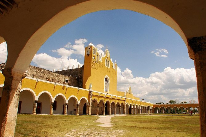 3 Days of Gastronomy and Culture in Yucatán in a 3 Star Hotel