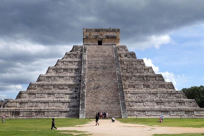 4 Days of Minitour in Yucatán in a 3 Star Hotel
