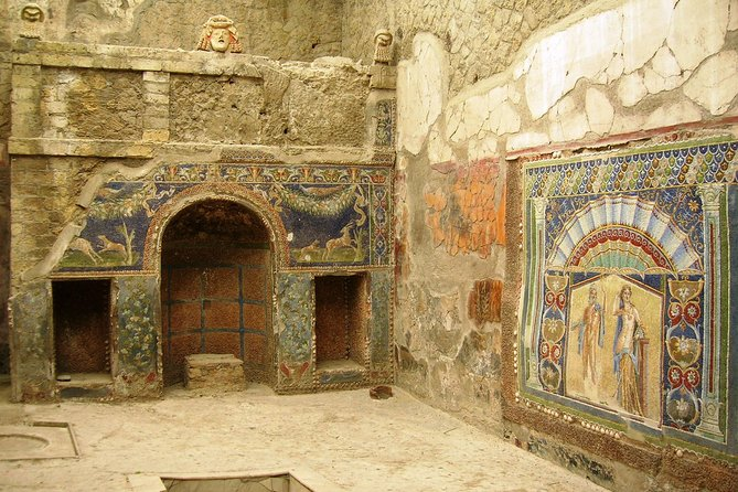 Herculaneum Express Small Tour by Train from Sorrento