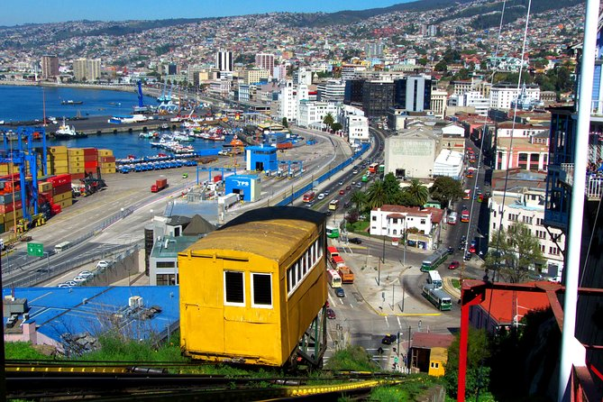 Viña del Mar and Valparaiso Private Tour Including Horseriding photo 6