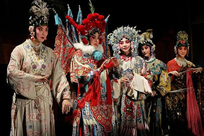 Beijing Opera Night Tour with Private Transfer and Optional Seats