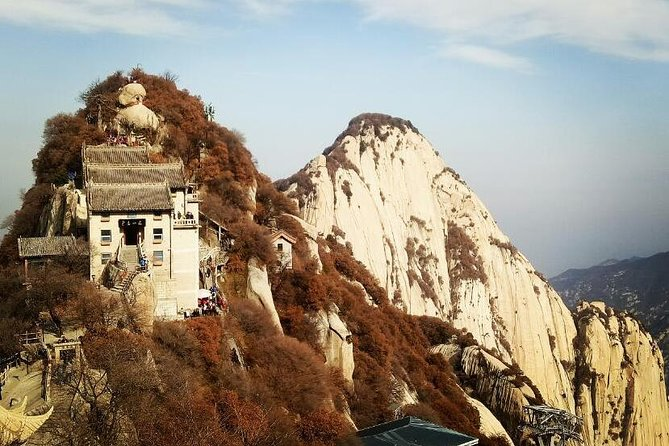 2-Day Xi'an Private Tour of Terracotta Army and Huashan Mountain