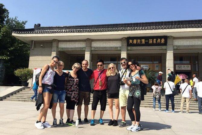 Xi'an Day Tour: Banpo Museum, Huaqing Hot Springs, Terracotta Warriors