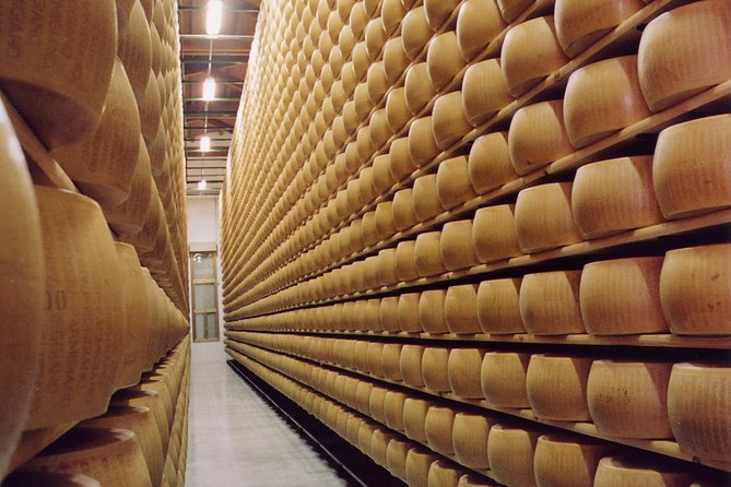 Modena Food and Wine Tour Including Parmigiano Reggiano and Balsamic Vinegar Tastings photo 2
