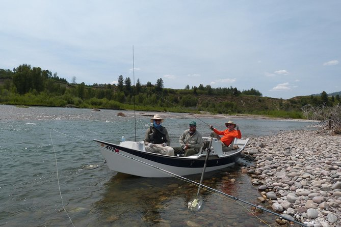 Guide Keith Wortman and crew on the Snake River.