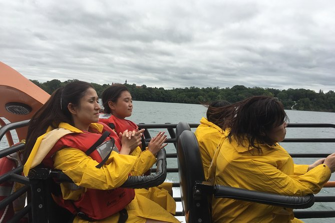 Niagara Falls Sightseeing tour of USA Side plus Jetboat
