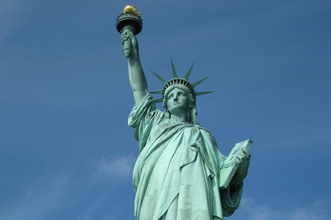 Exclusive:Ellis Island Statue of Liberty & 911 Memorial Pools Escorted Tour-OPEN