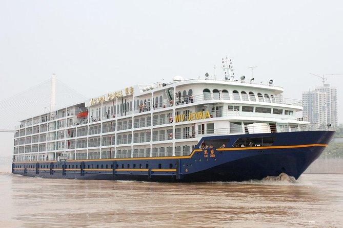 Victoria Jenna Cruise Ship