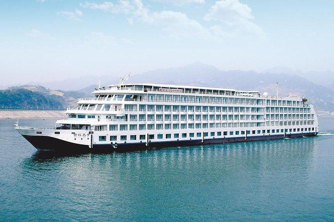 3-Night Century Sun Yangtze River Cruise Tour From Chongqing to Yichang