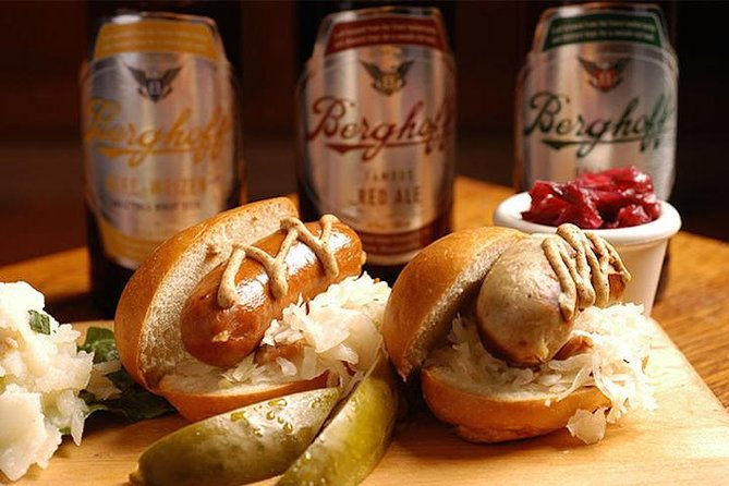 Famous Tastes of Chicago Food Tour
