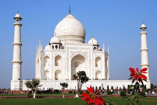 Transfer from Delhi to Jaipur with Tajmahal sight seeing