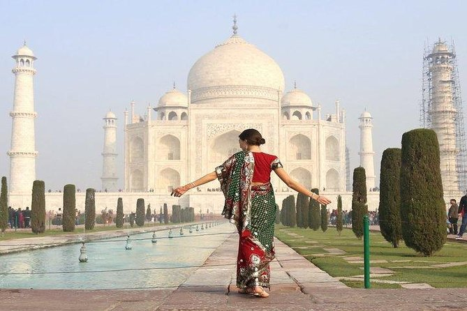 Taj Mahal day tour by fastest luxury train from Delhi NCR photo 1
