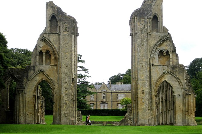Full-Day Tour of Glastonbury