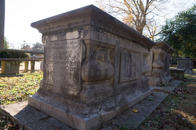 See a new side of Williamsburg on a cemetery tour