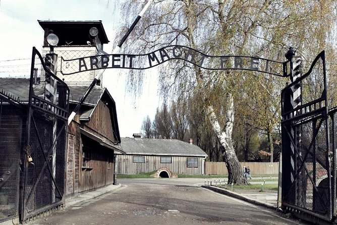 Auschwitz-Birkenau English Guided Tour with shared transport from Krakow