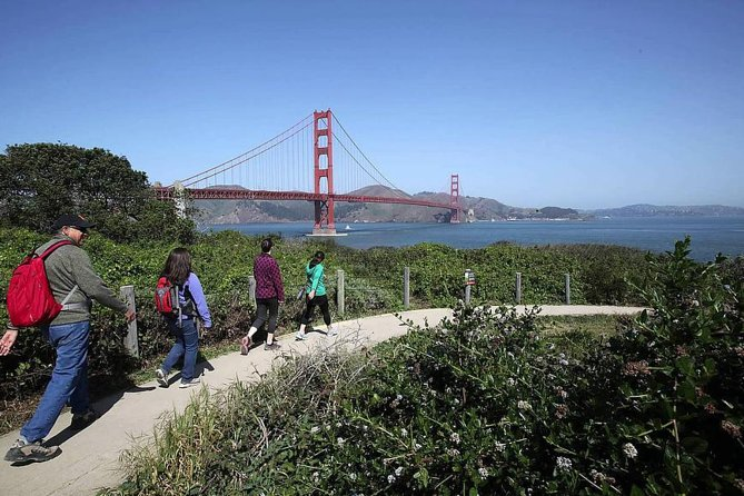Golden Gate Coast, Bridge to Beach Walking Tour with Local Guide photo 3