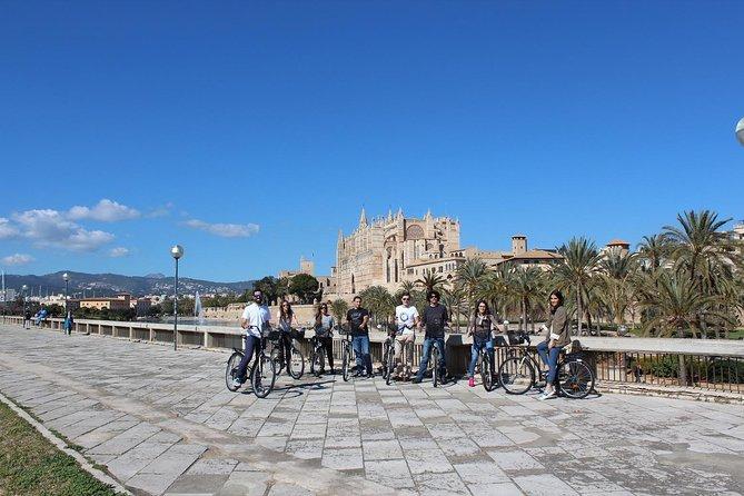 Casco antiguo de Palma: recorrido en bicicleta guiado en Mallorca