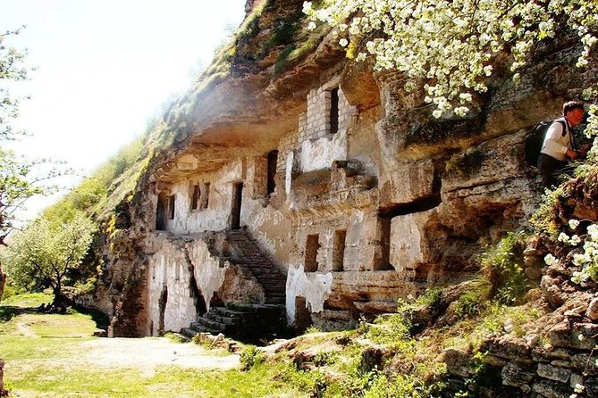 Saharna & Tipova monasteries private tour