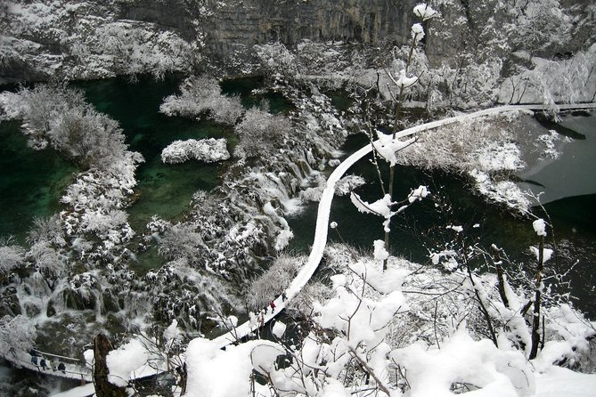 Plitvice Lakes Frozen Landscape Private Hiking Day Trip from Zagreb