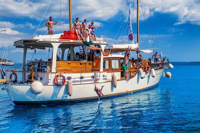 YOLO Cruise - 8 Days Mykonos to Santorini
