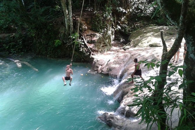 Secret Falls Blue Hole e cavalgadas de Ocho Rios
