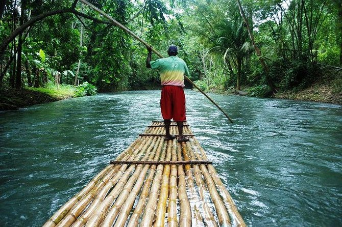 Ocho Rios Highlight Tour with River Tubing or Rafting