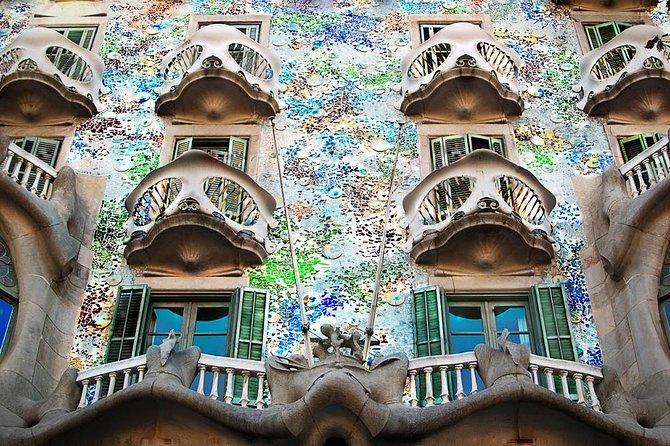 Private Tour: Gothic & Gaudí Walking Tour