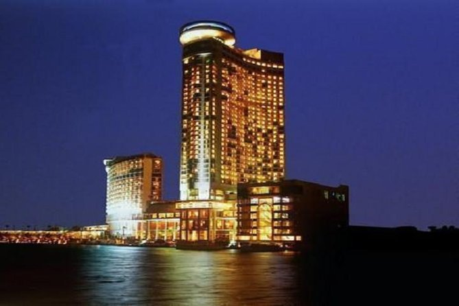 Private Accomedation 5 Days - 4 Nights In 5 Stars Hotels in Grand Nile Tower, Stienberger Tharir or Mena House Hotel