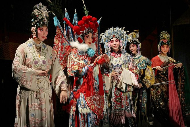 Beijing by Night: Chinese Peking Opera at Liyuan Theatre with Hotel Transfer
