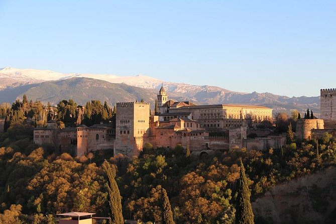 Walking Tour Granada: Hidden places and Gastronomy photo 1
