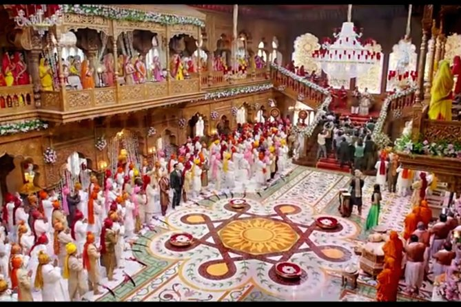 Big Bollywood Studio Tour with Return Flights and Meal from Bangalore