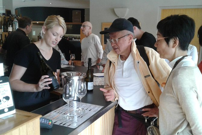 Shore Excursion: Local Tasting Tour from Tauranga