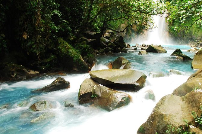 Full-Day Rio Celeste Tour From La Fortuna