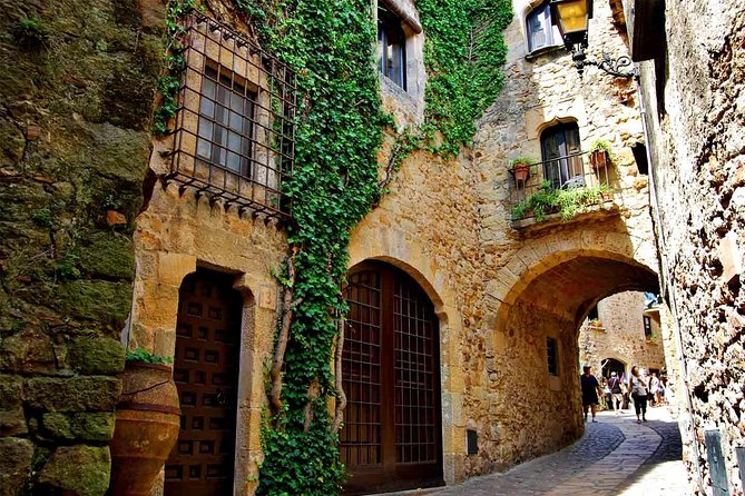 Girona City and County Guided Private Day Trip From Barcelona photo 7