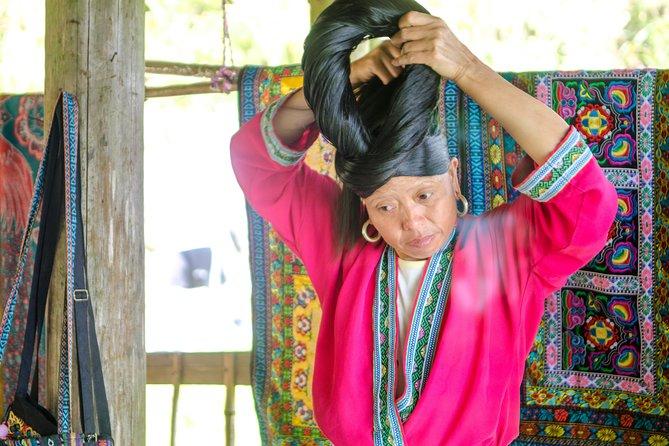 Små Gruppedagstur til Longji-risterrasser og etniske minoritetsbyer fra Guilin