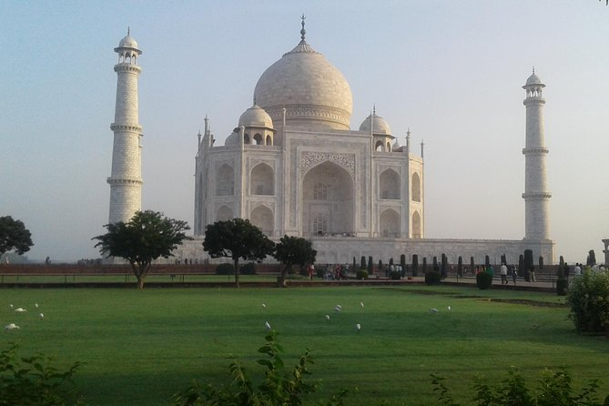 Private City Tour of Taj Mahal Sunrise and Sunset from Agra