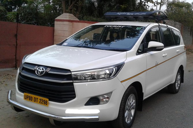 Private Transfer: Agra Hotel to Delhi International Airport photo 1