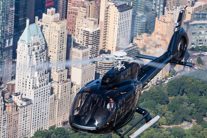 Private New York Helicopter Tour: City Skyline Adventure