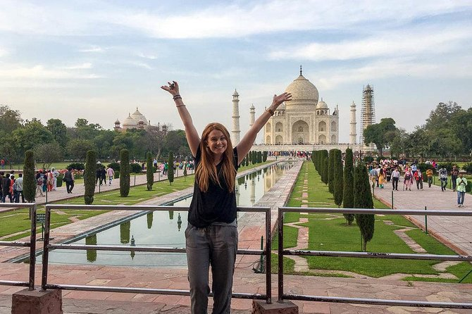 Taj Mahal Agra Tour By Train in one day return