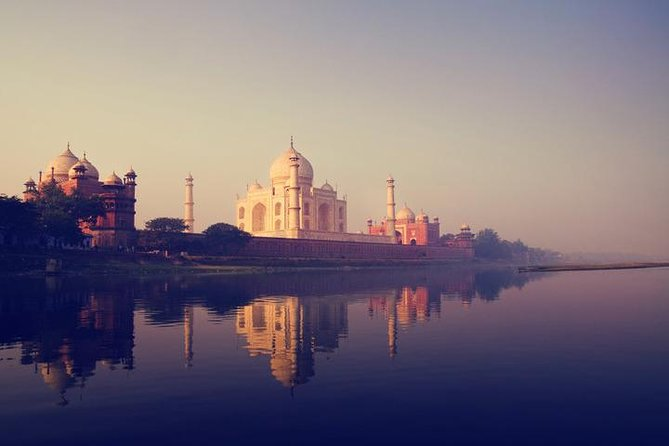 Exclusive Taj Mahal Sunset Tour With Boat Ride in One Day