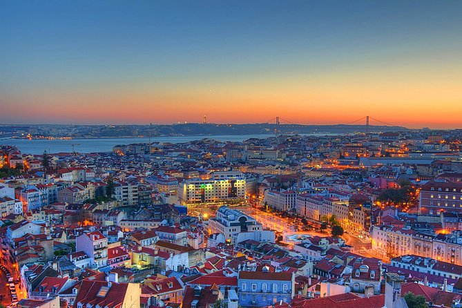 Private tour: Lisbon Fado Dinner Show and Panoramic Night Tour photo 6