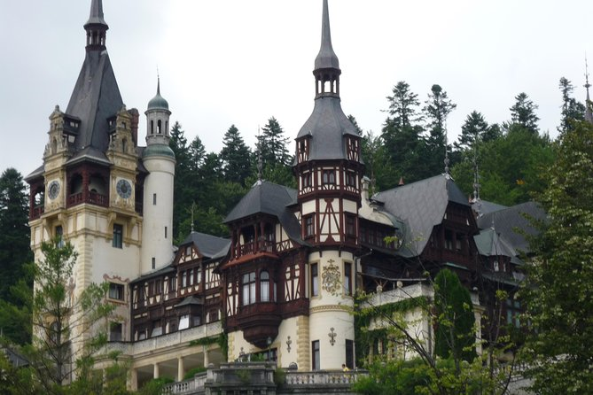 Full-Day Dracula Castle, Peles Castle and Râșnov Citadel Tour from Bucharest photo 1