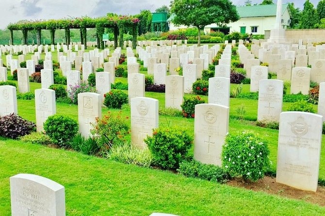Tour to visit best Cemeteries, Memorials and Statues in Chennai