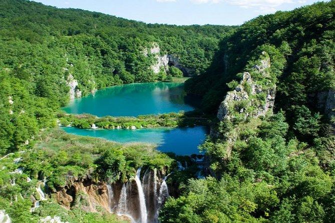 Excursão particular de 8 horas pelos Lagos Plitvice, saindo de Zagreb