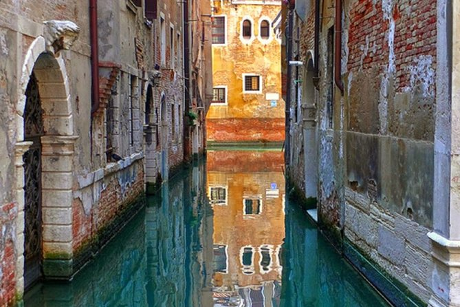 Private Cruise: Venice Viewed by the water