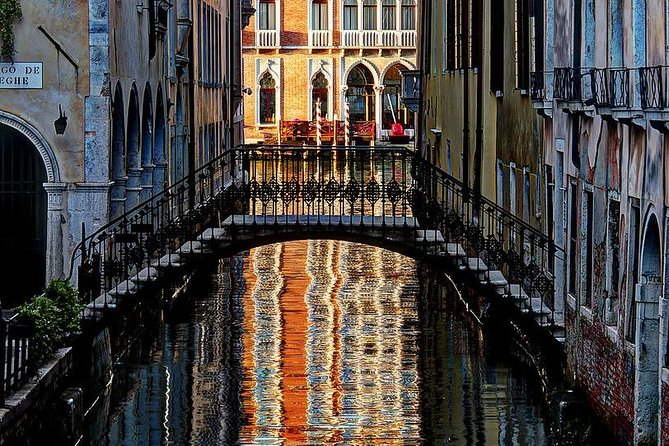 Private Walking Tour of Venice and Gondola Ride